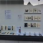 La vitrine spéciale Plaisir de Lire réalisée par l'équipe de la librairie Albert-le-Grand.